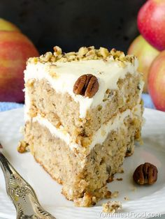 10 minutes Esay Cacke : Apple, Pecan Cake With Buttercream Frosting - served on the plate Easy Buttercream Frosting, Frosting Recipes, Cake Recipes, Apple Pecan Cake Recipe, Apple Recipes, Fruit Recipes, Sweet Recipes, Baking Tins, Baking Cakes