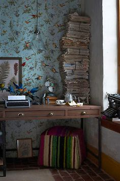 beautiful bird wallpaper, in a whimsical writing space. Anthropologie Wallpaper, Anthropologie Home, Bird Wallpaper, Home Wallpaper, Wallpaper Ideas, Office Wallpaper, Unique Wallpaper, Bathroom Wallpaper, Print Wallpaper