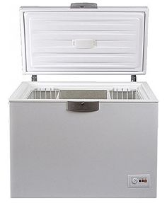 This brand new free standing chest freezer comes with 1 year parts and labour warranty, finished in pure white. Features manual controls and a deep sliding basket. Good value.