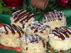 Ze všech surovin vypracujeme těsto a necháme v lednici odpočinout, nejlépe do druhého dne. Na krém uvaříme puding s vanilkou a necháme... Slovak Recipes, Czech Recipes, Russian Recipes, Baking Recipes, Cake Recipes, Dessert Recipes, Desserts, Halloween Cookies, Christmas Cookies