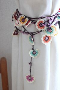 Inspiration only.   Curtain tieback