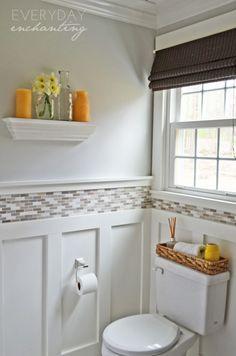 Small Bathroom Design with Wainscoting. 20 Small Bathroom Design with Wainscoting. 3 Tips for Small Bathrooms Bad Inspiration, Bathroom Inspiration, Hm Deco, Ideas Baños, Tile Ideas, Decor Ideas, Bathroom Renos, Bathroom Ideas, Bathroom Makeovers