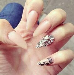 Sashas sharp nails nails pinterest sharp nails for some reason im starting to like the sharp nail look prinsesfo Gallery