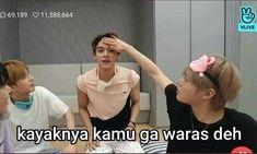 Memes Funny Faces, Funny Kpop Memes, Reading Meme, K Meme, Heart Meme, Cute Love Memes, Lucas Nct, Drama Memes, Cartoon Jokes