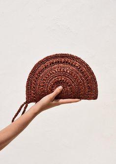 Hand Crochet, Hand Knitting, Crochet Clutch Bags, Travel Messenger Bag, Summer Bags, Knitted Bags, Textiles, Etsy, Outdoor Travel