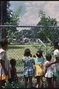 Gordon Parks' Photo Essay On 1950s Segregation Needs To Be Seen Today