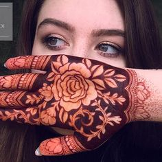 94 Easy Mehndi Designs For Your Gorgeous Henna Look Rose Mehndi Designs, Latest Arabic Mehndi Designs, Mehndi Designs 2018, Modern Mehndi Designs, Wedding Mehndi Designs, Mehndi Design Pictures, Beautiful Henna Designs, Latest Mehndi, Mehndi Images