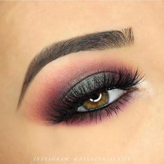 Beautiful colors and prefect look smokey eye. @paulina_alaiev using 6 of the 9 shades from the manny mua palette from makeup geek.