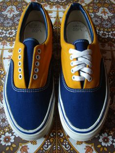 This was my first pair of Vans I owned. I was 11 years old and it was I was so proud of them, since I was a little skater dudette, that I slept with them at night .no joke! Vans Usa, Skateboard Pictures, Vintage Skateboards, Vintage Vans, Vans Off The Wall, Orange Is The New Black, Skate Shoes, Kids Wear, Blue Gold