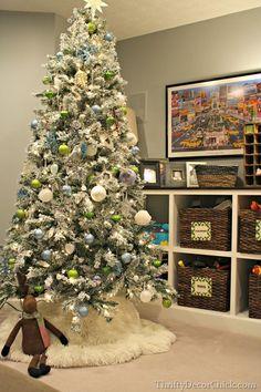 Hundreds of Christmas decor and tree and ideas!
