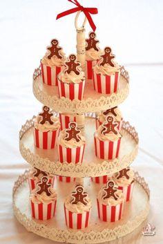 Mini Oreo Cheesecakes with Chocolate Mousse @ http://JuliesCafeBakery.com #cupcakes #recipe #cakes