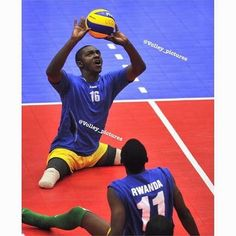 Reposted from @volley_pictures Sitting Volleyball  Like  Tag a friend  My personal : @mb7__ #volleyjump