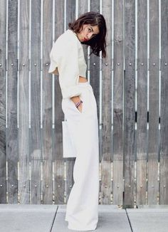 Leandra inspiration! A white on white outfit, which is always classy and trendy! #LeandraMedine #TheManRepeller #fashioninspiration #trend