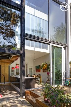 Contemporary Joyce House + Jeroen House Restoration by Personal Architecture Casas Containers, Glass Facades, Outdoor Flooring, My Dream Home, Exterior Design, Interior Architecture, Installation Architecture, Beautiful Homes, Bali