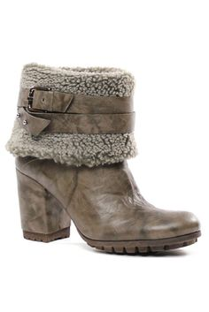 Wrap Around Buckle Boots