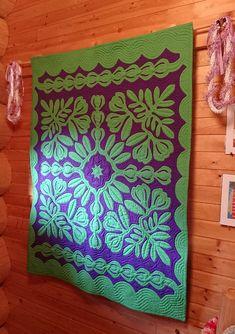 この素敵なシチュエーションに飾られたれた「Mokihana」は、先日、ニワトリのミニタペのお写真をお送りくださ…