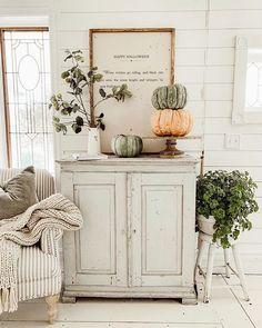 West Michigan Interior Designer, Liz Marie, creates a fall inspired cozy reading corner. Get inspired for your own reading nook! Decor, Walmart Home, Autumn Home, Cozy Fall, Fall Decor, Decor Inspiration, Home Decor, Cozy Reading Corners, Farmhouse Fall