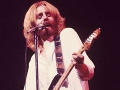 Andrew Gold's Never-Before-Released The Late Show—Live 1978 Just Dropped Los Angeles Magazine Andrew Gold, Famous Musicians, Promotion, Magazine, Live, Magazines