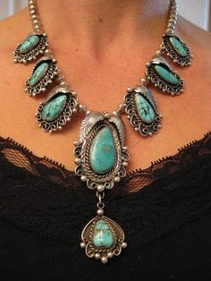 Stunning necklace! source: Facebook