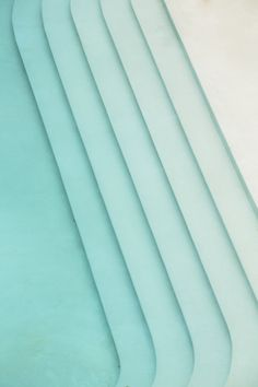 Tilted lines of turquoise. Photo by Wison Tungthunya. Tilted lines of turquoise. Photo by Wison Tungthunya. Illustrator Tutorial, Piscina Rectangular, Blue Aesthetic, Pool Designs, Landscape Architecture, Architecture Jobs, Architecture Foundation, Landscape Steps, Landscape Designs