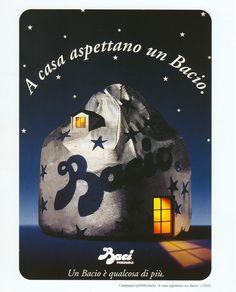 1995 A casa aspettano un Bacio . libreriamo.it http://libreriamo.it/a/6472/un-amore-italiano-la-mostra-che-ripercorre-la-storia-del-nostro-paese-vista-attraverso-i-baci-perugina.aspx