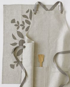 the oatmeal kitchen apron set, from studiopatro!