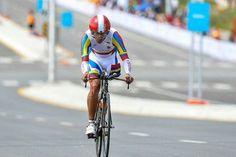 El atleta venezolano Cirio Molina obtuvo este miércoles diploma olímpico, al ubicarse en la octava posición en la prueba contrarreloj del ciclismo de ruta categoría C2 (miembros afectados) en los Juegos Paralímpicos Río 2016.</p>