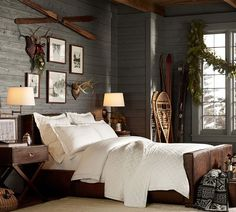We already choose Extremely cozy and rustic cabin style living rooms, bedroom and overall Home Interior Design Inspirations. Each space differs, just with the appropriate furniture, you can readily… Rustic Bedroom Decor, Cabin Decor, Rustic House, Bedroom Design, Cabin Style, Bedroom Decor, Interior Design, Home Decor, House Interior