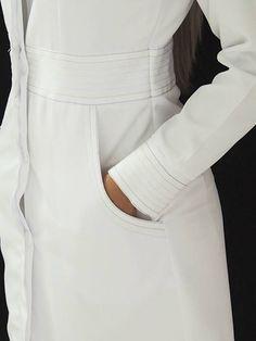 Scrubs Outfit, Scrubs Uniform, Doctor White Coat, Dental Uniforms, Lab Coats, Uniform Design, Medical Scrubs, Cute Faces, Dentistry