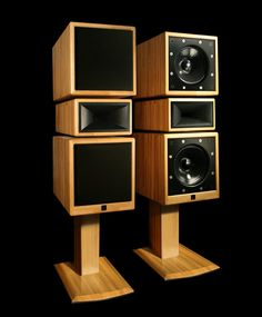 Klinger Favre Studio 30 - monitor neutrality with great musicality 6f6d7fc00129