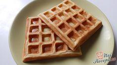 Vynikající křehké wafle ke snídani nebo jako dezert po vydatném obědě. My doma máme raději wafle jako palačinky, tak bych se s vámi chtěla podělit o nejlepší recept na waflovému těsto. Autor: Janulinka Pavlova, Good Food, Yummy Food, Food Humor, Graham Crackers, Sweet Recipes, Deserts, Food And Drink, Dessert Recipes