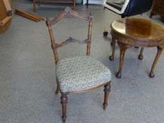 Absolutely Gorgeous Victorian Chair Needs Repair to The Frame & Reupholstering  --------------- £15 (PC875)
