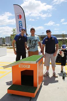 Miller Sheet metal section with Better Homes and Gardens Rob Palmer and their final product in the TAFE NSW Doghouse Challenge — at Bunnings Warehouse Alexandria. #BHG #TAFE #TAFENSW #SWSi