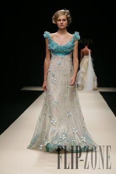 Hanna Touma «Délices d'winter», AH 2007-2008 - Couture - http://www.flip-zone.net/fashion/couture-1/fashion-houses/hanna-touma,298
