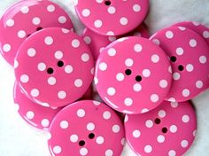 polka dot buttons