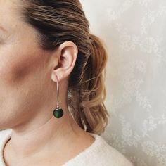 Örhängen med lång örkrok i rostfritt stål med Polarispärla i mörkgrönt från IAMLUND: Drop Earrings, Silver, Jewelry, Jewlery, Jewerly, Schmuck, Drop Earring, Jewels, Jewelery