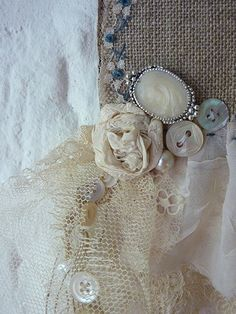 ~ vintage fabric lace & button treasures❧♡°