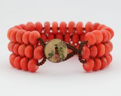 Bracelet with natural coral beads