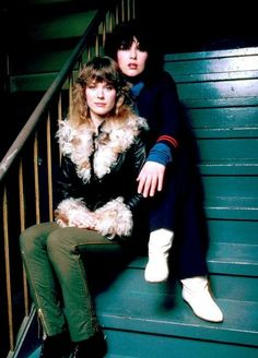 Ann & Nancy Wilson (Heart)
