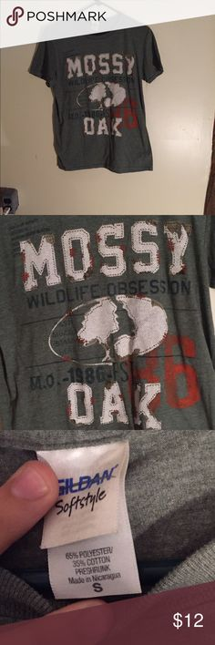 Mossy Oak T-Shirt Mossy Oak T-Shirt, adult small. Unisex shirt. Super comfy tee. In great condition. Never worn. *NOT ACTUALLY PINK VS* PINK Victoria's Secret Tops Tees - Short Sleeve