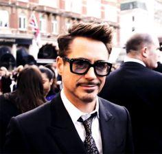 cute Downey smirk :)