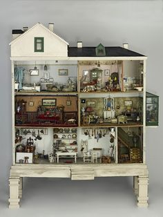 Devonshire Villas, dolls' house, England 1900 - My favourite dolls' House in the Bethnal Green Museum of Childhood, London