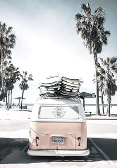 Foto Inspiration kombi van print kombi digital obtain kombi print blush Bedroom Wall Collage, Photo Wall Collage, Picture Wall, Aesthetic Pastel Wallpaper, Aesthetic Wallpapers, Aesthetic Pastel Pink, Art Mural Rose, Collage Des Photos, Collage Pictures On Wall