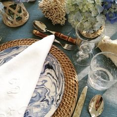 11 table settings to inspire your next lunch : Did we mention Aerin Lauder is an expert table setter? @aerin