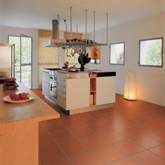 Kitchen-floor-cotto-with-stain-resistant-finishing