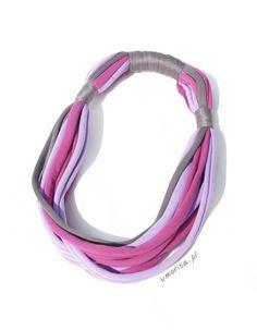 DIY necklace made of tights  #Biżuteria #diy #handmade #jewellery #naszyjnik #naszyjnikzrajstop #necklace #necklacemadeoftights #rajstopy #Rękodzieło #tightsnecklace #tutorial