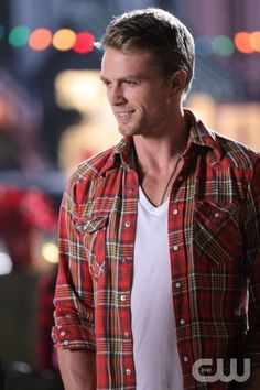 """Hairdos and Holidays""-- Pictured Wilson Bethel as Wade in HART OF DIXIE on THE CW. Photo Credit: Scott Alan Humbert/The CW©2011 The CW Network, LLC. All Rights Reserved"