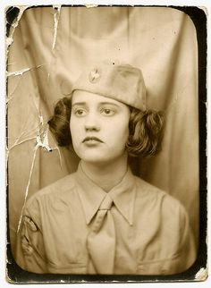 +~ Vintage Photo Booth Picture ~+ Girl scout perhaps? Antique Photos, Vintage Pictures, Vintage Photographs, Old Pictures, Vintage Images, Old Photos, Pretty Pictures, Vintage Designs, Vintage Photo Booths