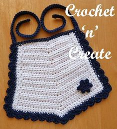 Free crochet pattern for cotton bib and flower motif http://crochetncreate.com/cotton-bib-free-crochet-pattern/ #crochetncreate #crochet #freebabycrochetpatterns