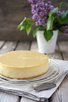 Sernik chałwowy Polish Recipes, Polish Food, Pavlova, Vanilla Cake, Camembert Cheese, Cake Recipes, Cheesecake, Baking, Sweet